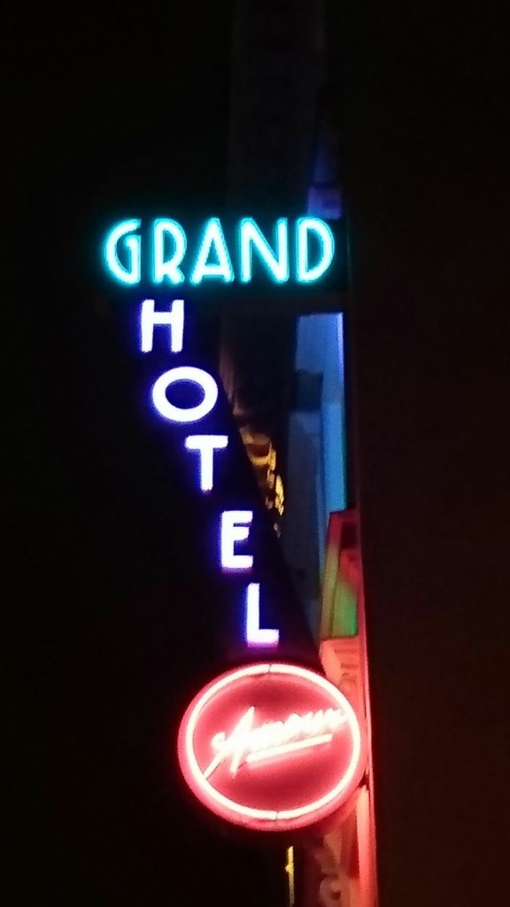 Talks & Treasurs - Hotel Grand Amour Parijs