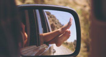 Talks & Treasures - zomerliedjes voor onderweg of aan zee