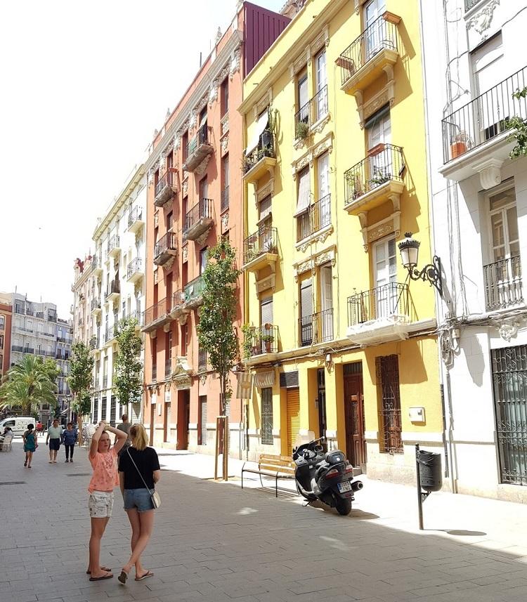 Talks & Treasures - Valencia - winkelen - eten - doen