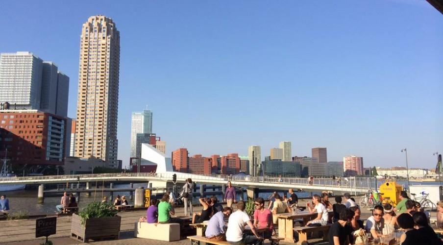 Rotterdam: lunchen bij Fenix Food Factory!