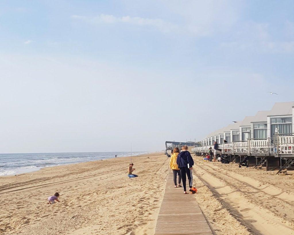 Strandhuisje: slapen en wakker worden met golven