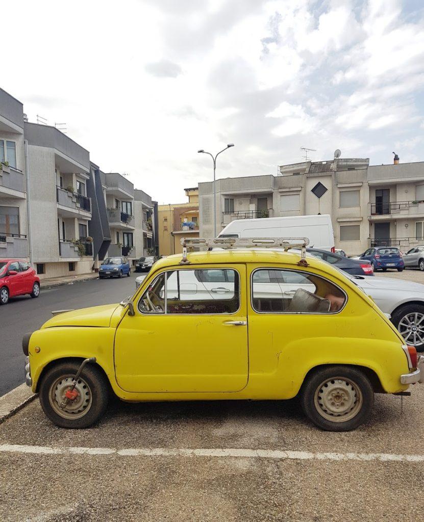 Talks & Treasures - Roadtrip Italië met pubers, toffe taxiritjes en een pooierbak.