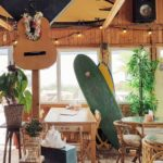Talks & Treasures - Pele Surfshack plant-based eten in Hoek van Holland